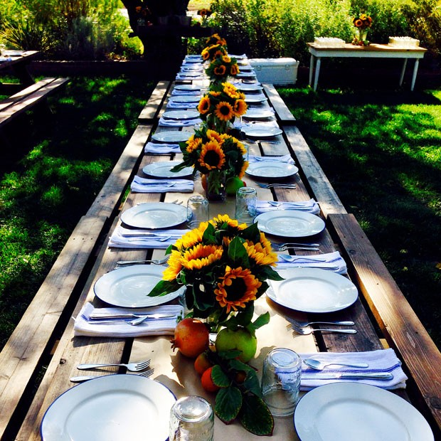 Full-Belly-Floral_sunflower-table-setting2